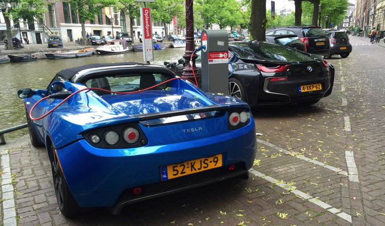 electric-cars-amsterdam-images-16