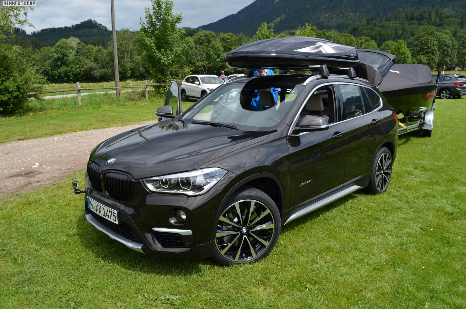 New Bmw X1 Can Tow A 2 000 Kg Boat