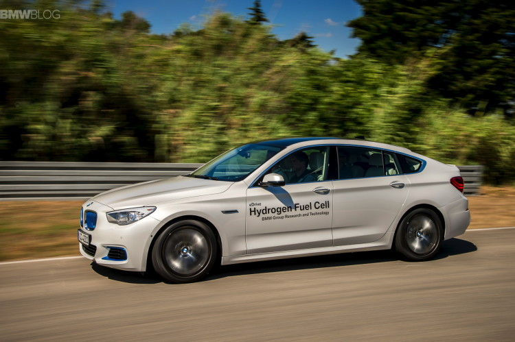 BMW 5 series gt hydrogen fuel cell images 09 750x499