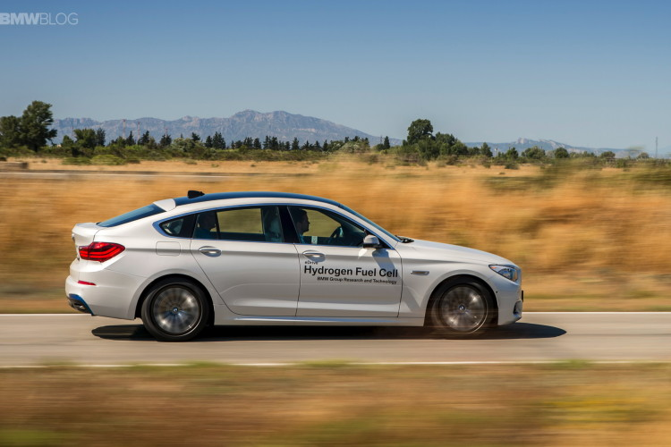 BMW 5 series gt hydrogen fuel cell images 14 750x500