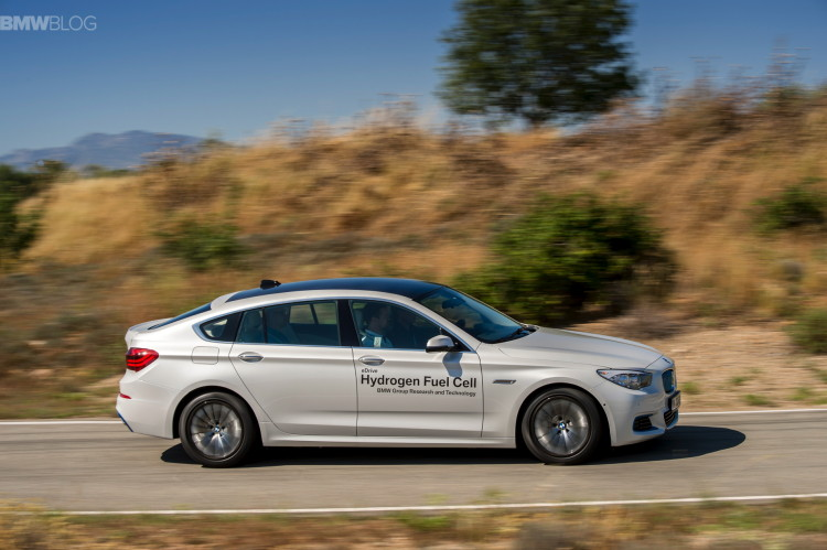 BMW-5-series-gt-hydrogen-fuel-cell--images-19