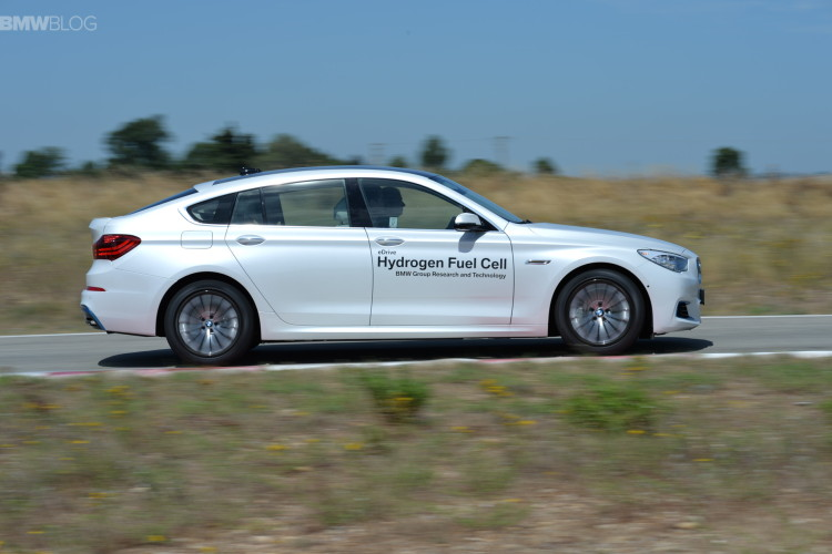 BMW 5 series gt hydrogen fuel cell images 36 750x500