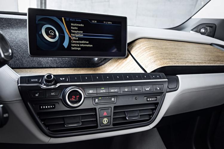 BMW i3 Radio 750x500