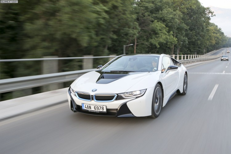 BMW-i8-Wallpaper-26