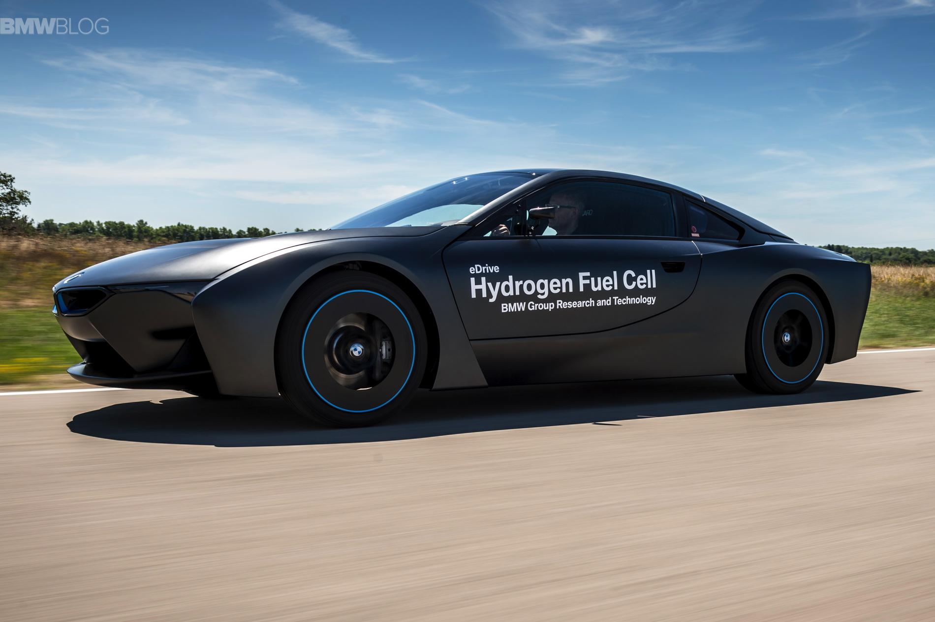BMW i8 hydrogen fuel cell images 04