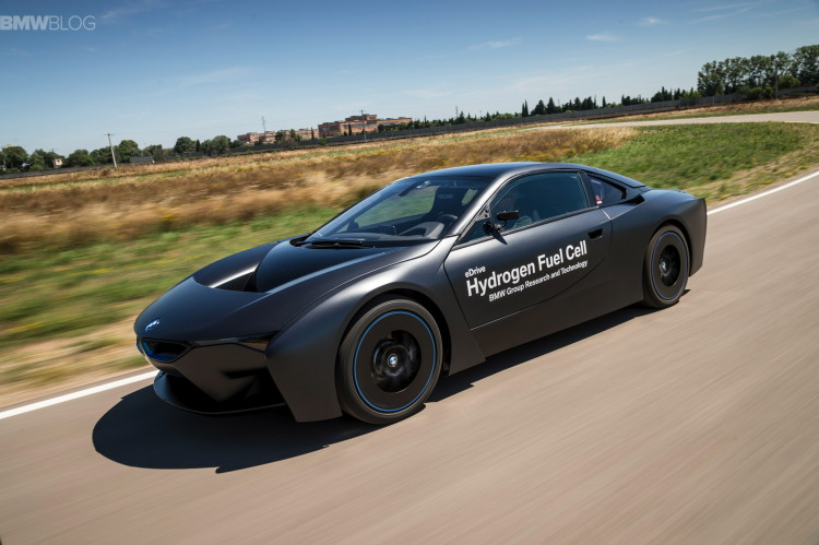 BMW i8 hydrogen fuel cell images 08 750x499