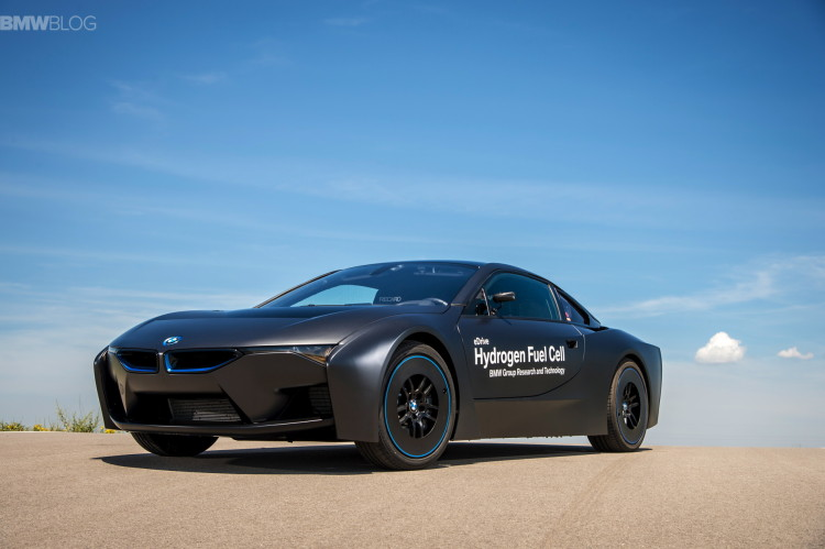 BMW i8 hydrogen fuel cell images 20 750x499