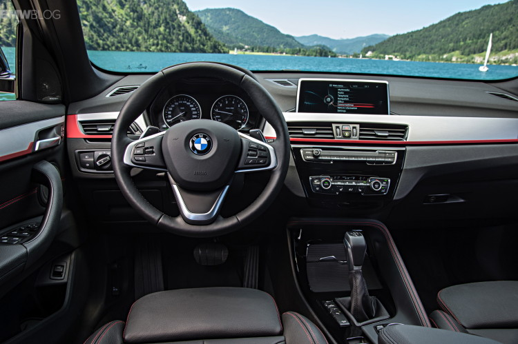 New-BMW-X1-interior-1900x1200-images-02