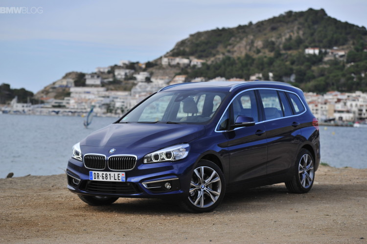 bmw-2-series-gran-tourer-220i-218d-220d-images-34