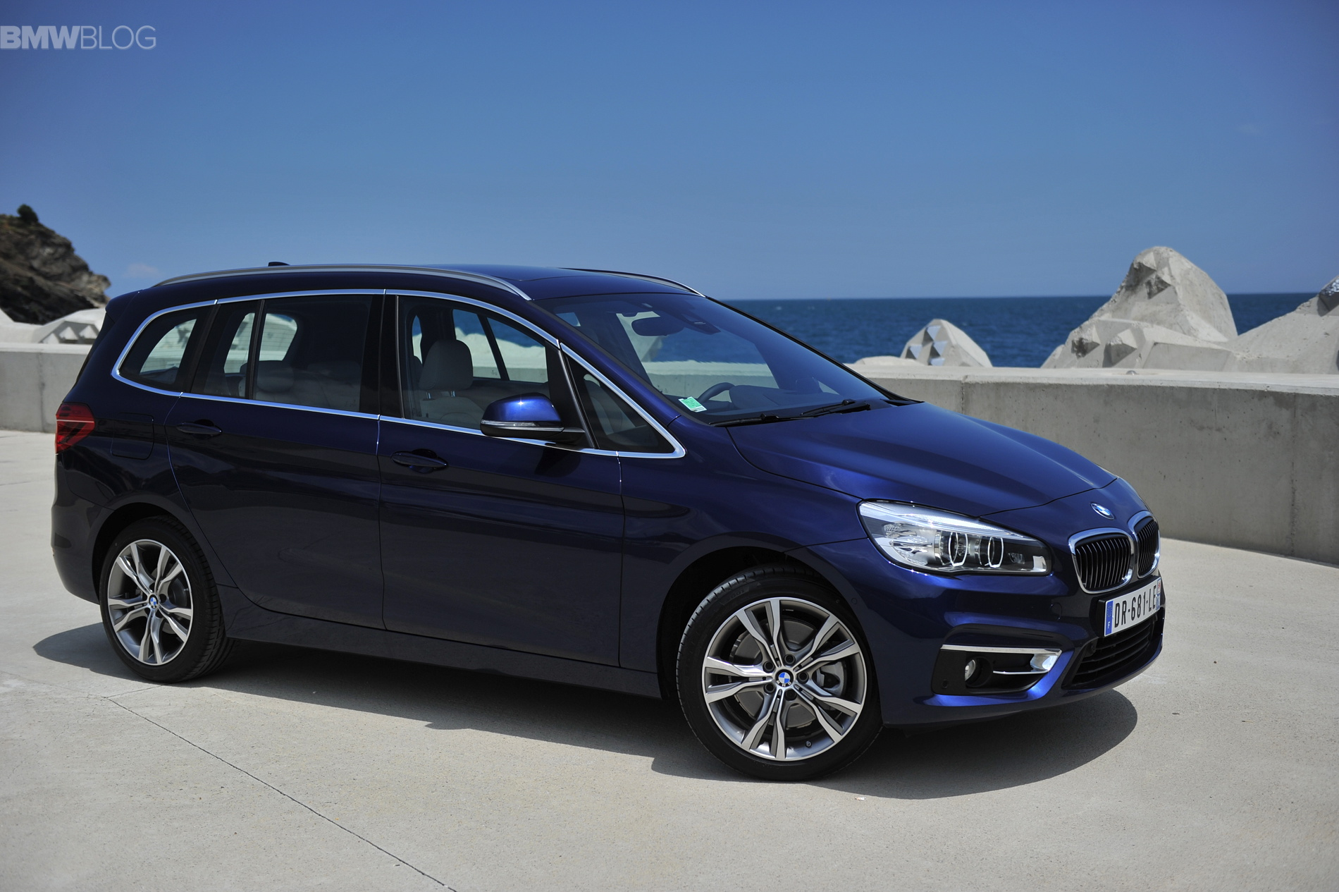 bmw 2 series gran tourer launches in france. Black Bedroom Furniture Sets. Home Design Ideas