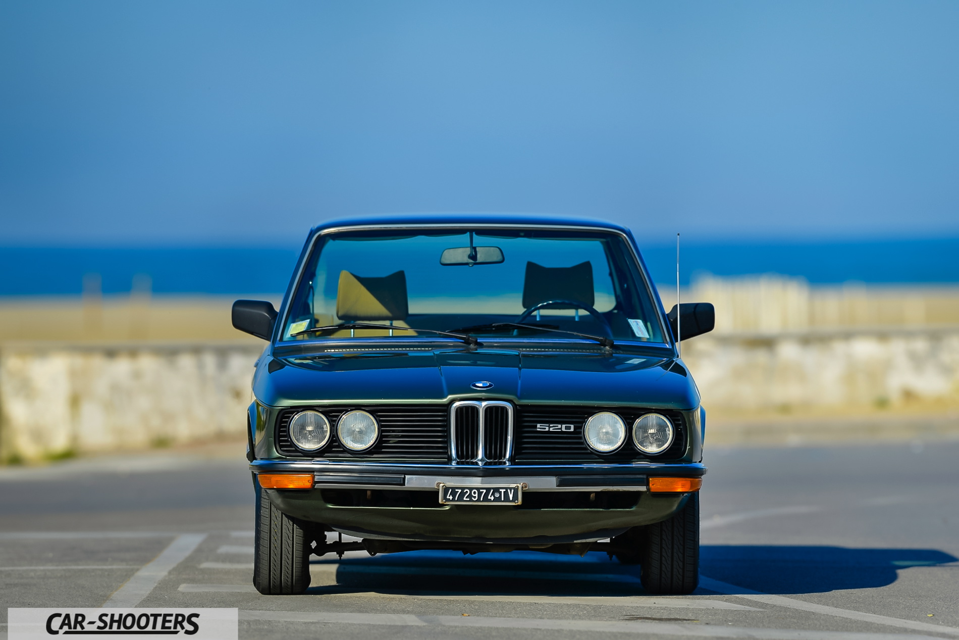 The Iconic E12 Bmw 5 Series Photoshoot