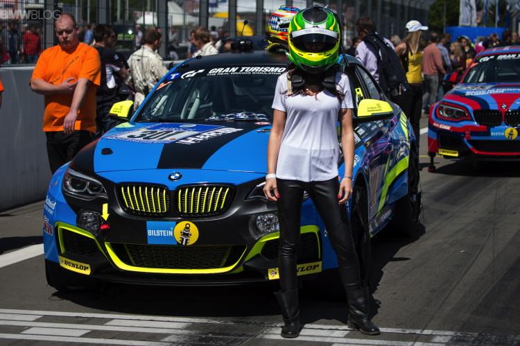 bmw-female--racer-01