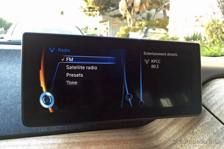bmw i3 am radio