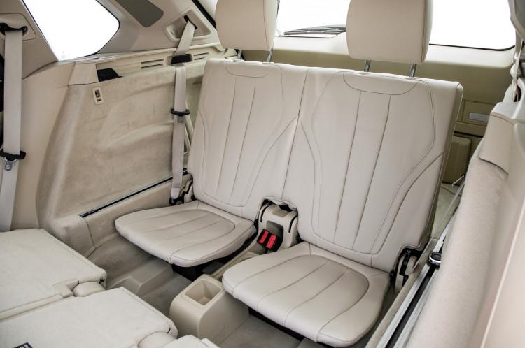 bmw-x5-2014-interior-third-row-1ssmpglm