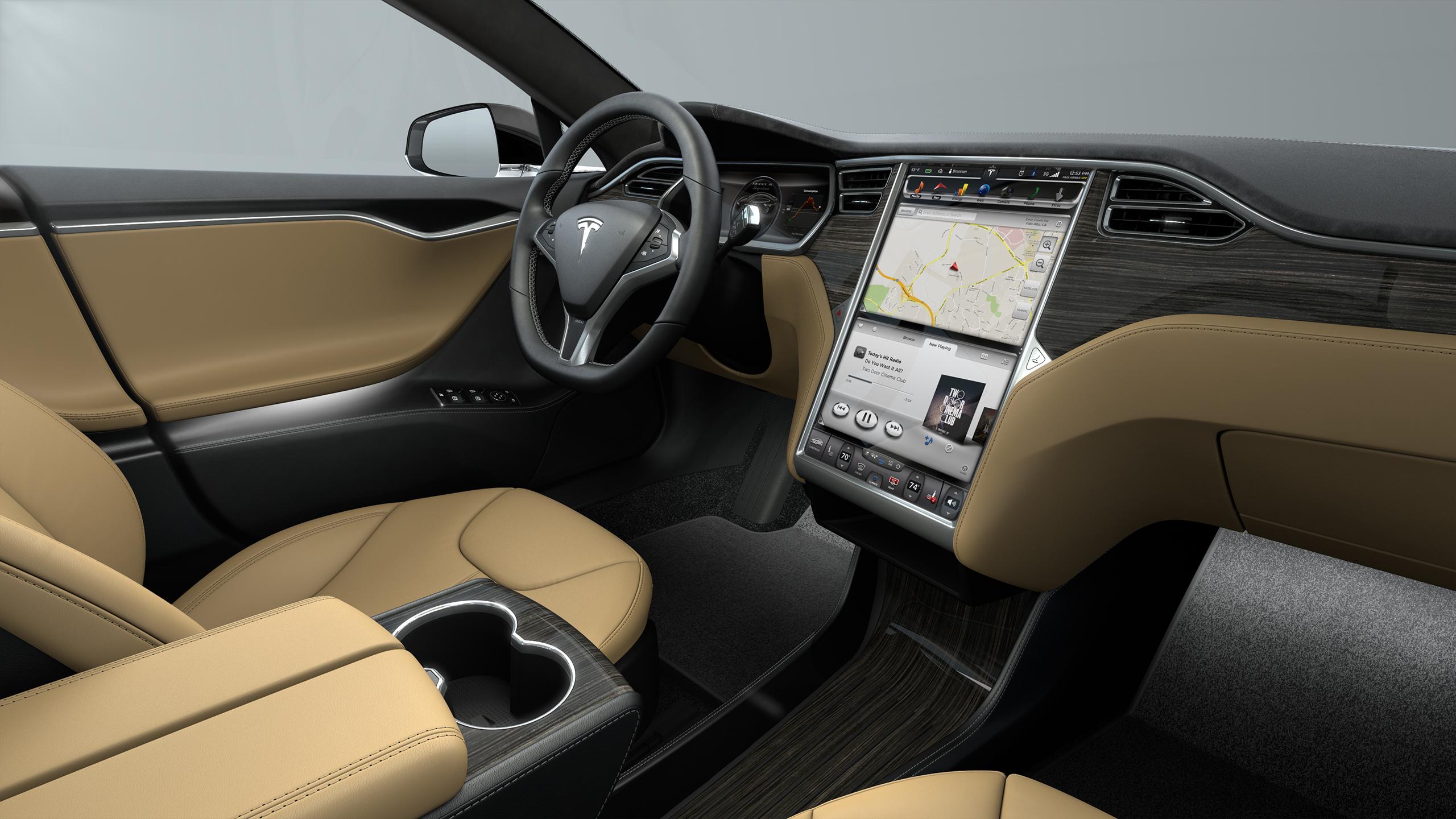 2015 Tesla Model S P85d Test Drive