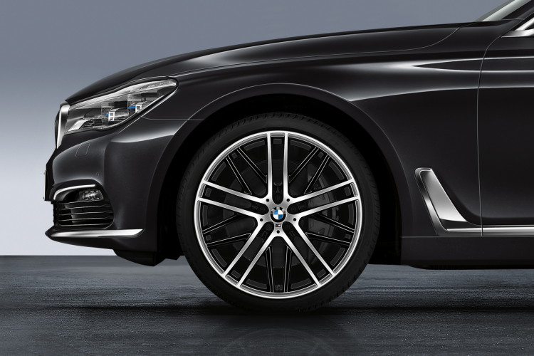 2016 bmw 7 series accessories images 01 750x500