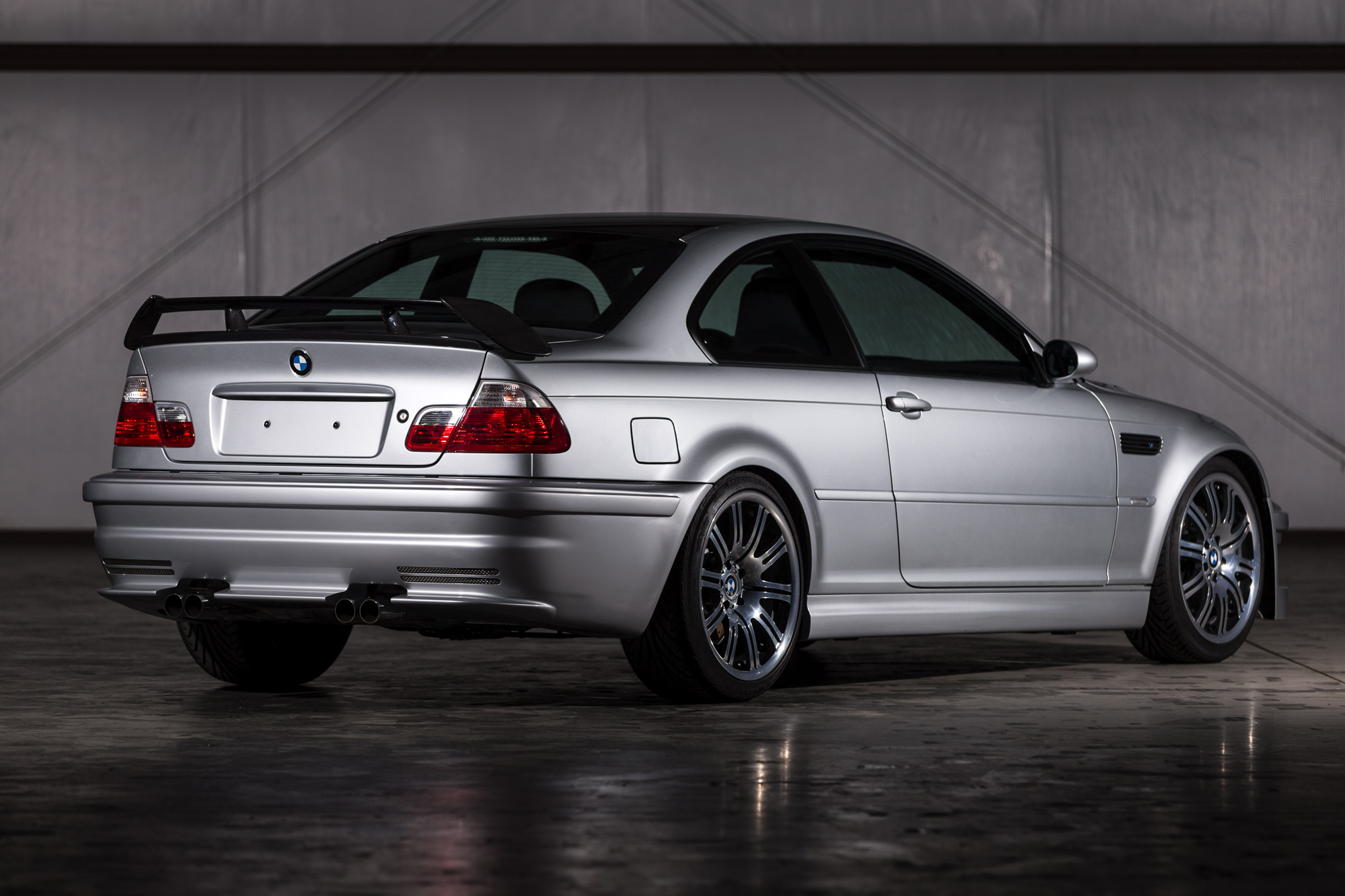 2001 Bmw M3 Gtr Race And Road Cars To Be Presented At Legends Of The