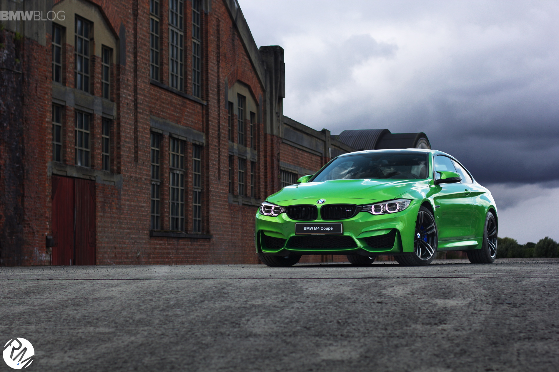 BMW M4 Java Green images 1900x1200 02