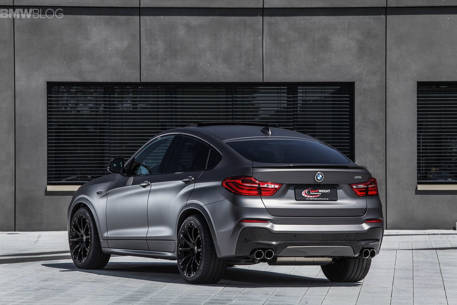 bmw x4 tuned by lightweight. Black Bedroom Furniture Sets. Home Design Ideas
