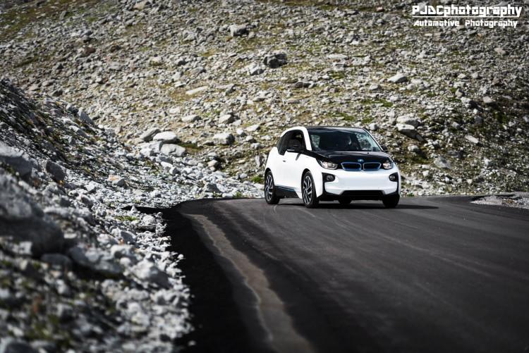 BMW i3 photoshoot alps images 1900x1200 09 750x501