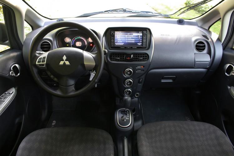 2016 Mitsubishi i MiEv test drive 07 750x500