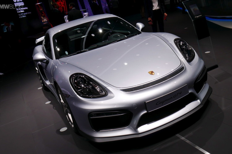 2016 Porsche Cayman GT4 images 01 750x500