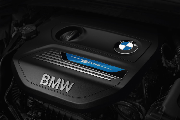 2016 bmw 225xe active tourer hybrid images 10 750x500