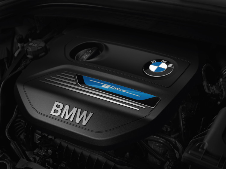 2016 bmw 225xe active tourer hybrid images 10 750x562