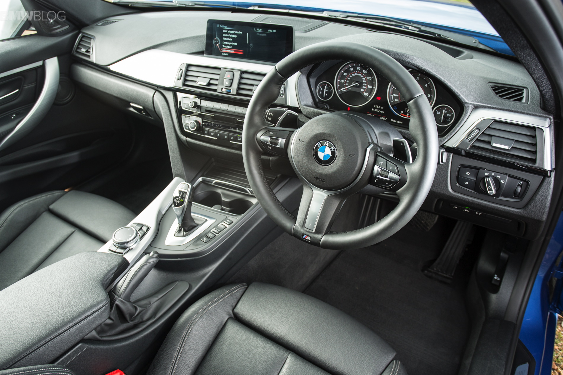 2016 bmw 330d touring with m sport package photo gallery. Black Bedroom Furniture Sets. Home Design Ideas