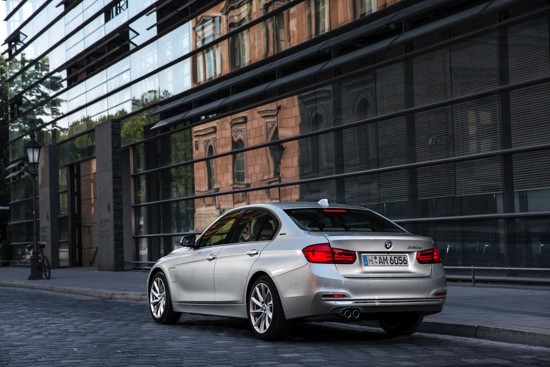 World Premiere 2016 Bmw 330e Plug In Hybrid