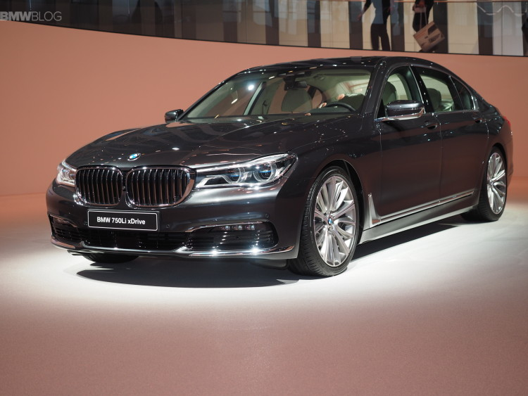 2016 bmw 7 series frankfurt images 01 750x563