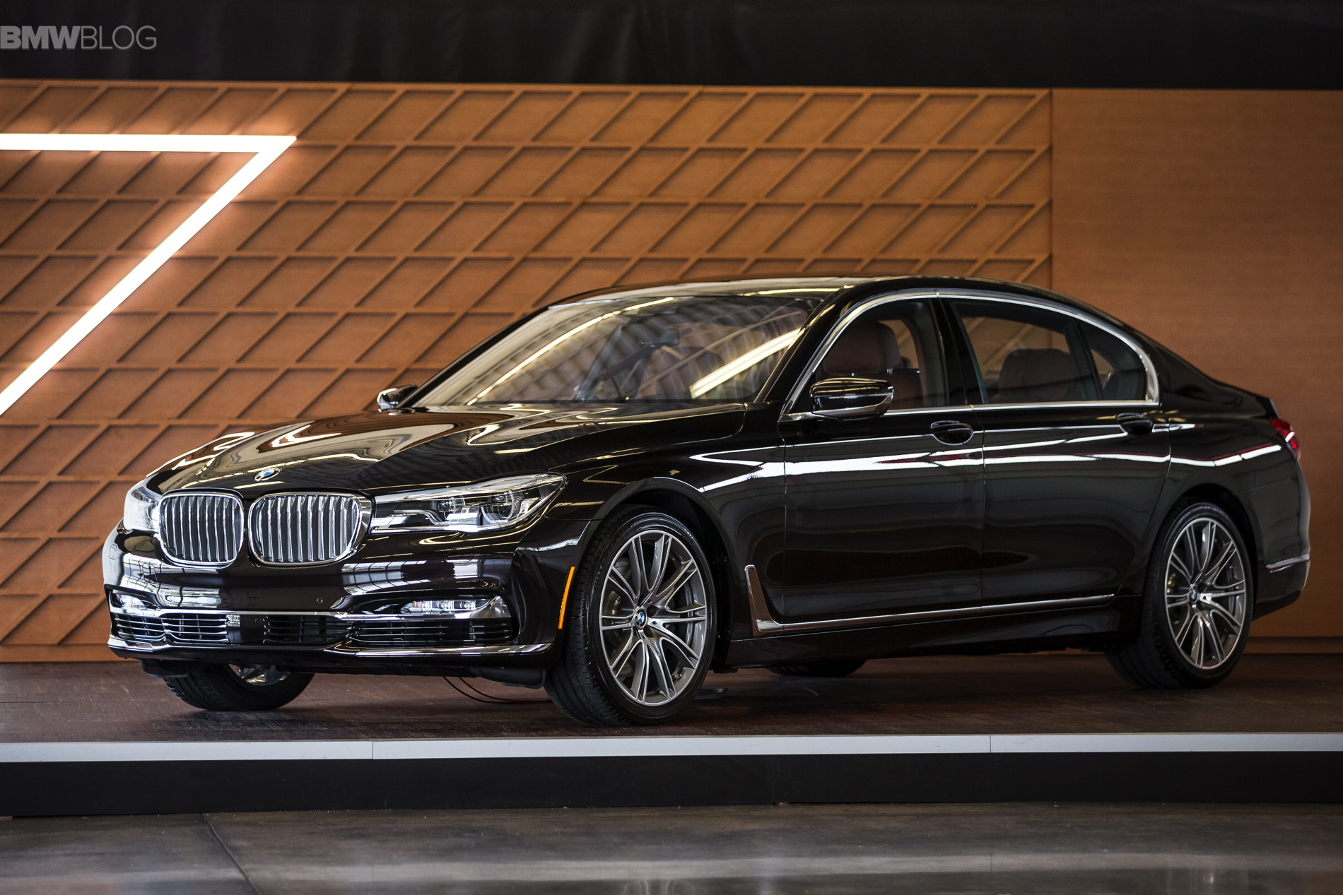 New Bmw 7 Series Design Explained By Karim Habib