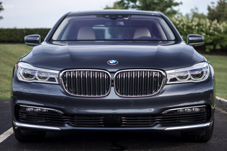 2016 bmw 7 series launch new york images 1900x 1200 103 750x500