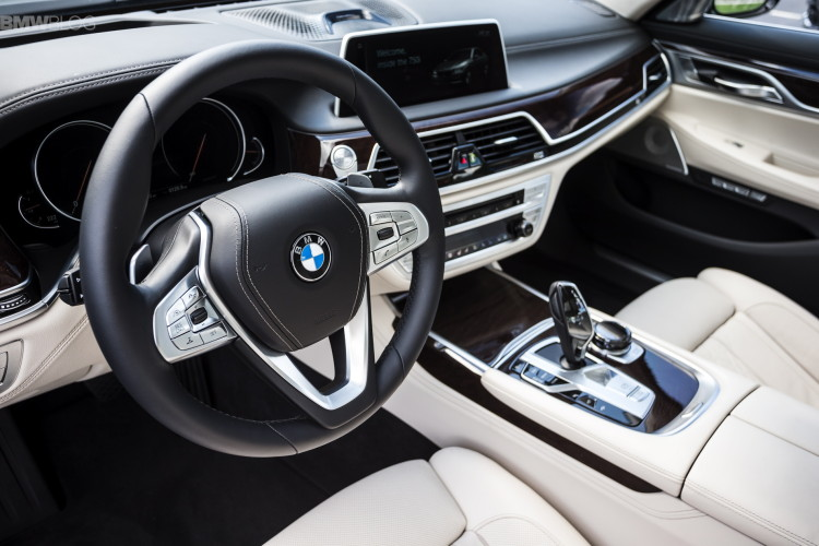 Bmw 7 Series And Two Rolls Royces Make Top Gear S 10 Best Luxury Car