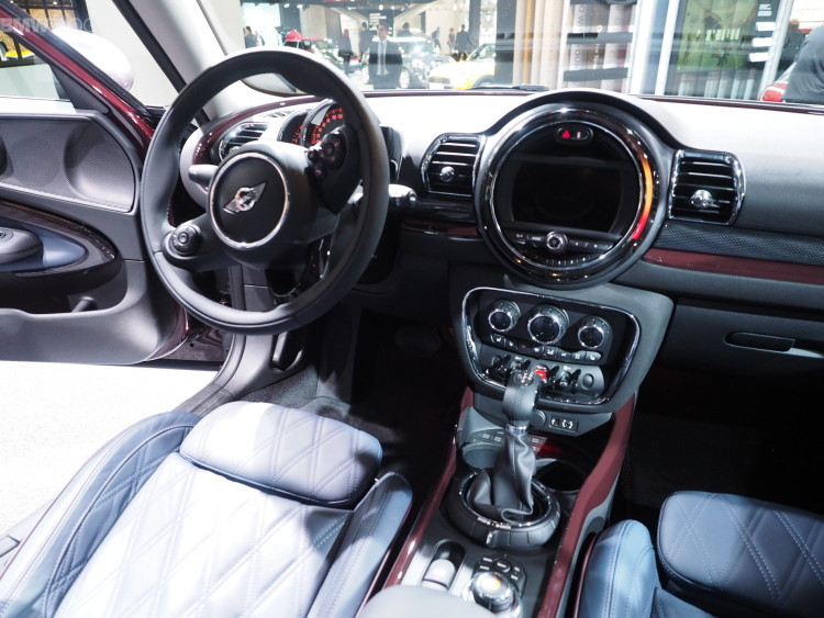2016-mini-clubman-images-1900x1200-08