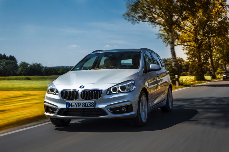 225xe active tourer images 20 750x500