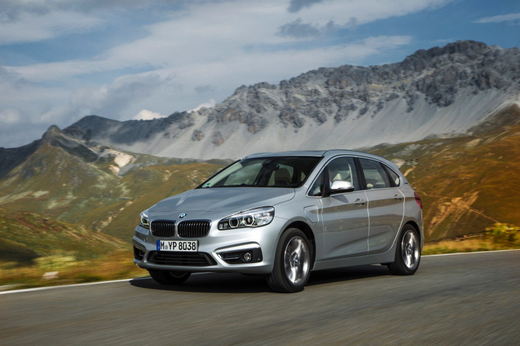 225xe active tourer images 24 750x500