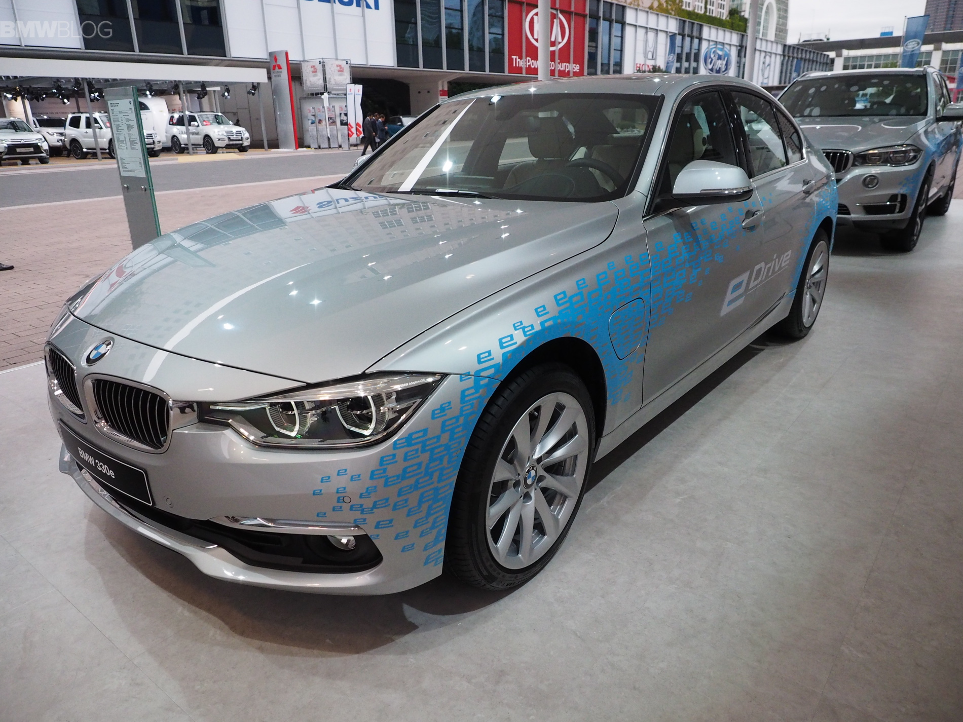 BMW North America releases the pricing for the 2016 BMW 330e plug-in hybrid