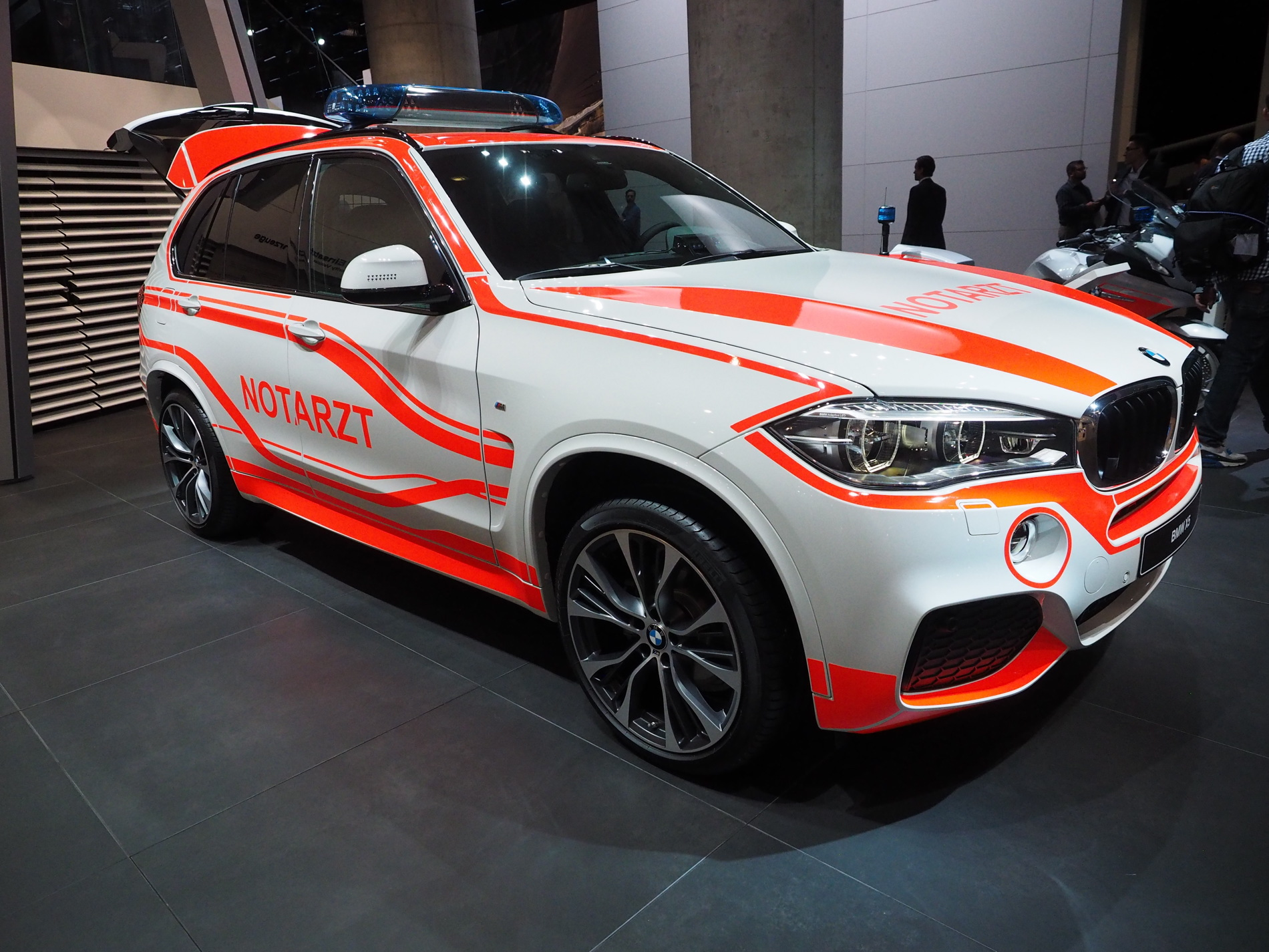 BMW X3 Emergency Vehicle images 03