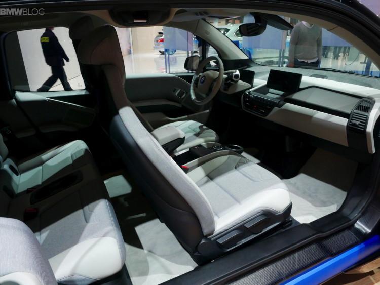 BMW-i3-fluid-black-images-1900-x1200-02
