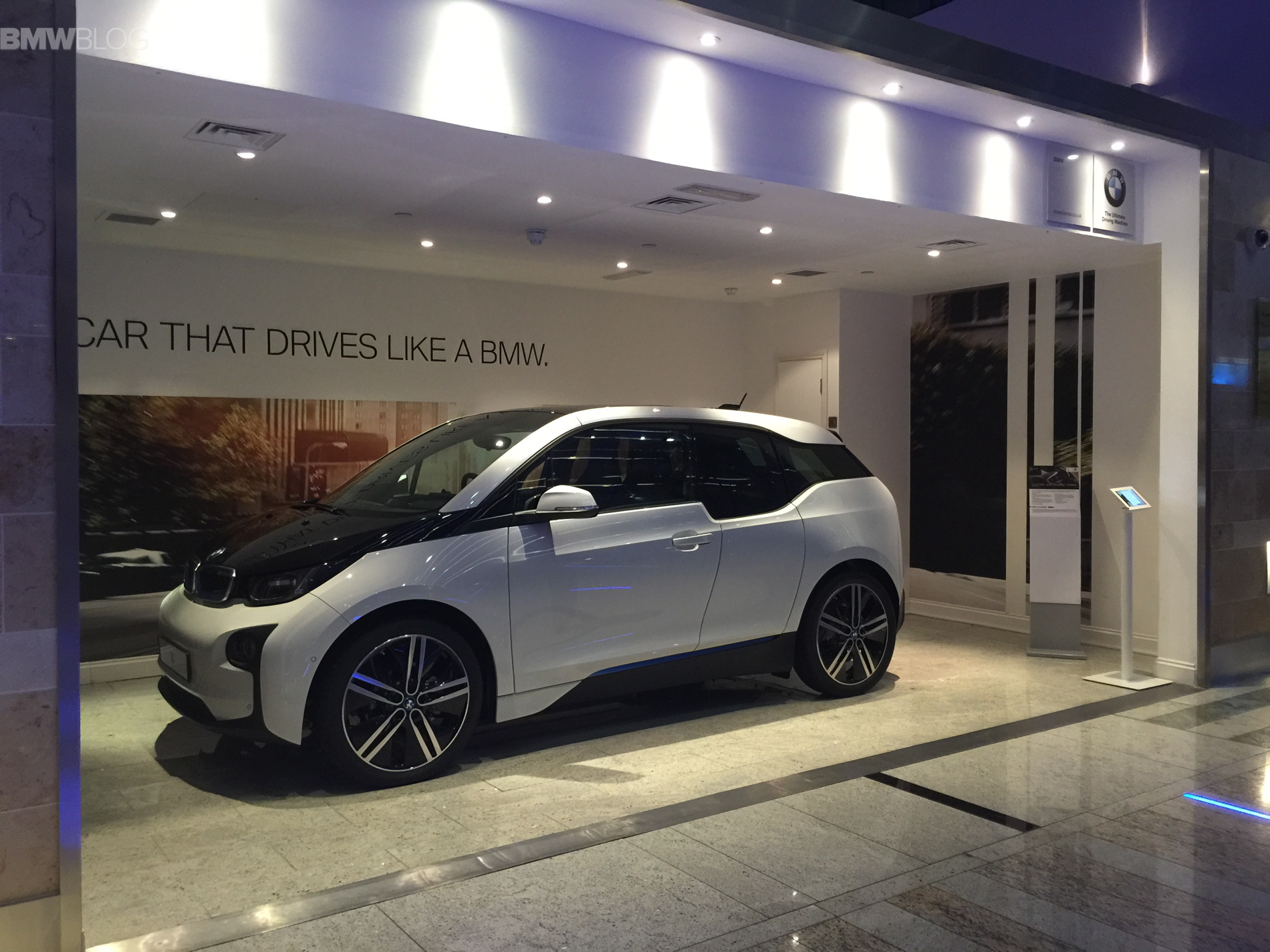 BMW i3 heathrow airport images 03