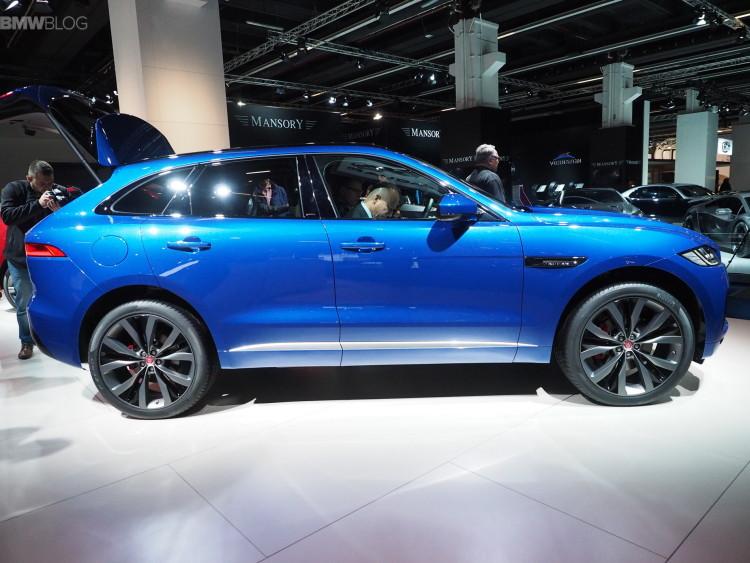 Jaguar F Pace Frankfurt images 02 750x563