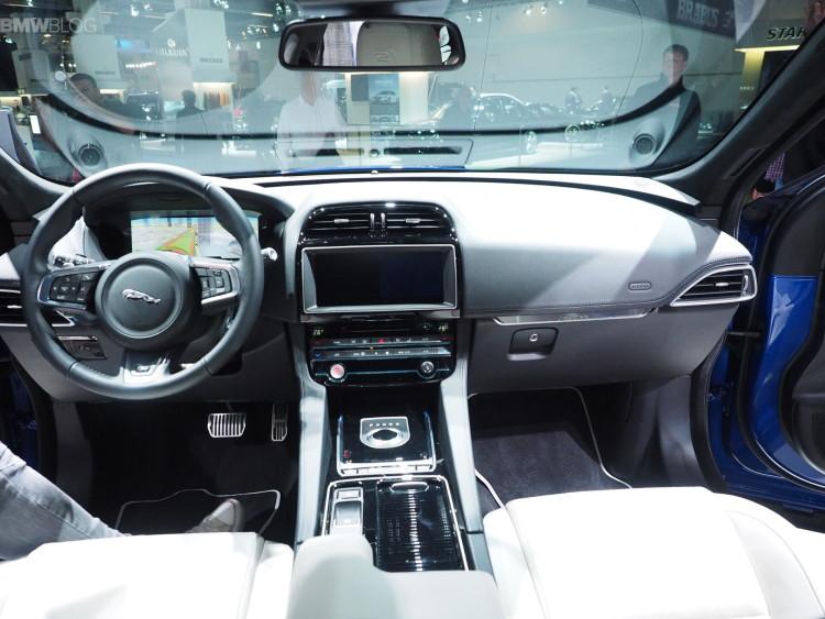 Jaguar F Pace Frankfurt images 14 750x563