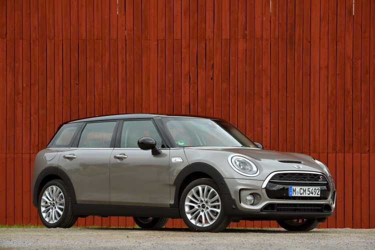 MINI Cooper S Clubman-Melting Silver metallic-images-80