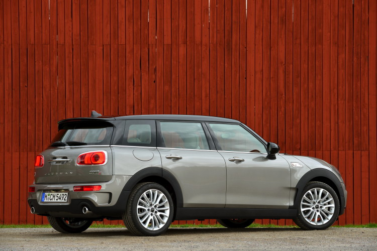 MINI Cooper S Clubman Melting Silver metallic images 85 750x500