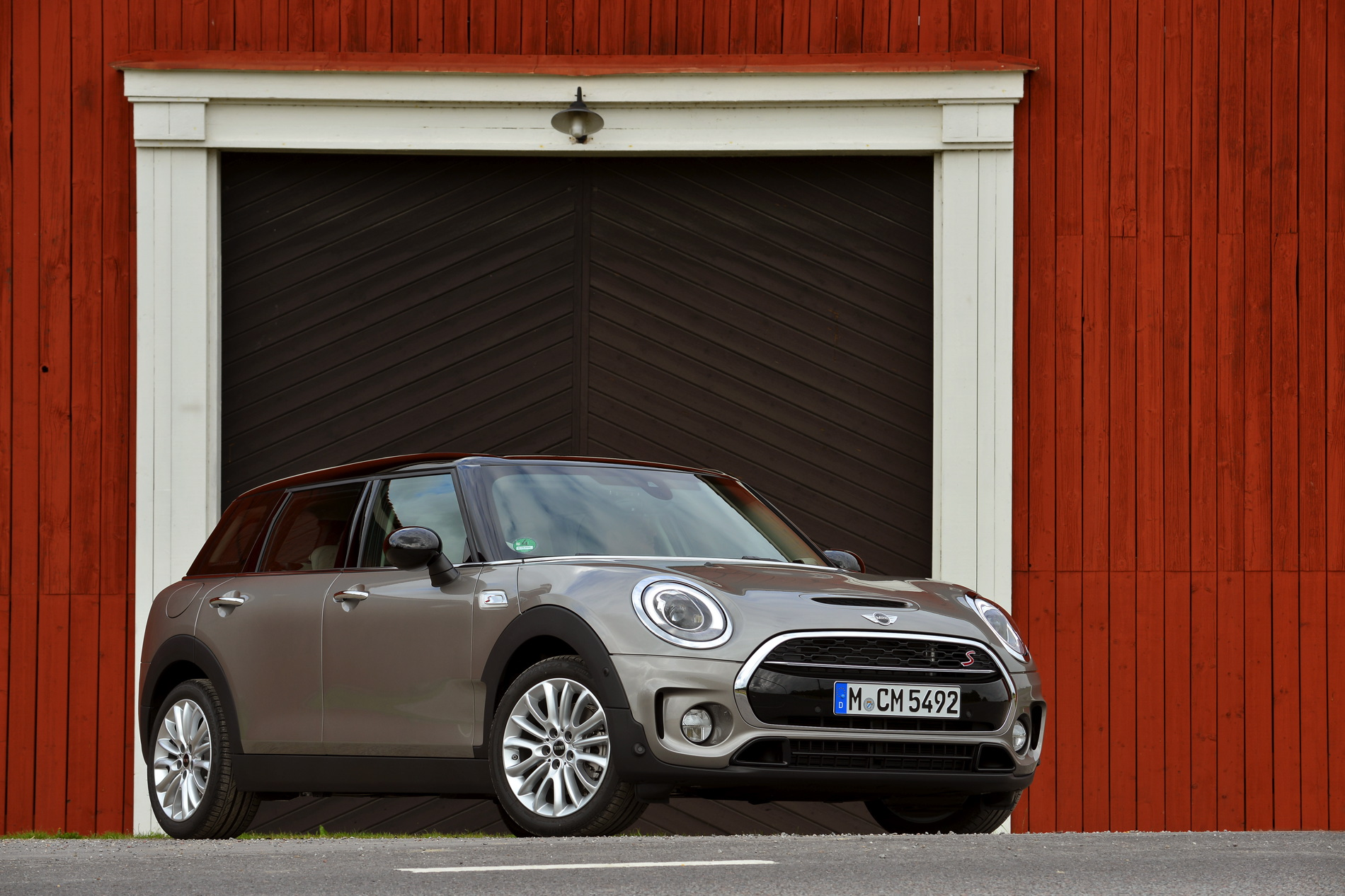 MINI Cooper S Clubman Melting Silver metallic images 94