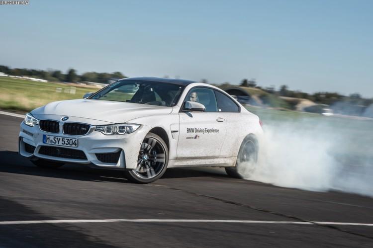 Oktoberfest 2015 BMW M4 Drift Training Brezel 06 750x499