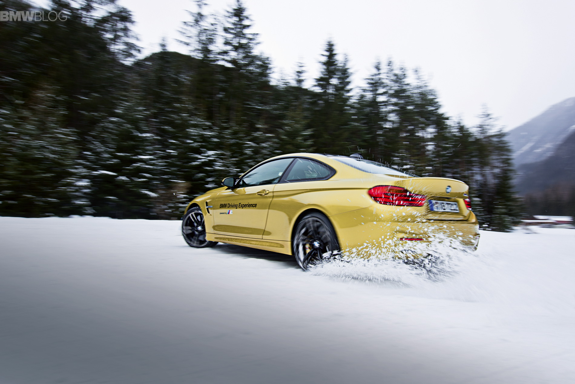 Best Snow Tires >> 25 years of the BMW Snow Experience in Sölden
