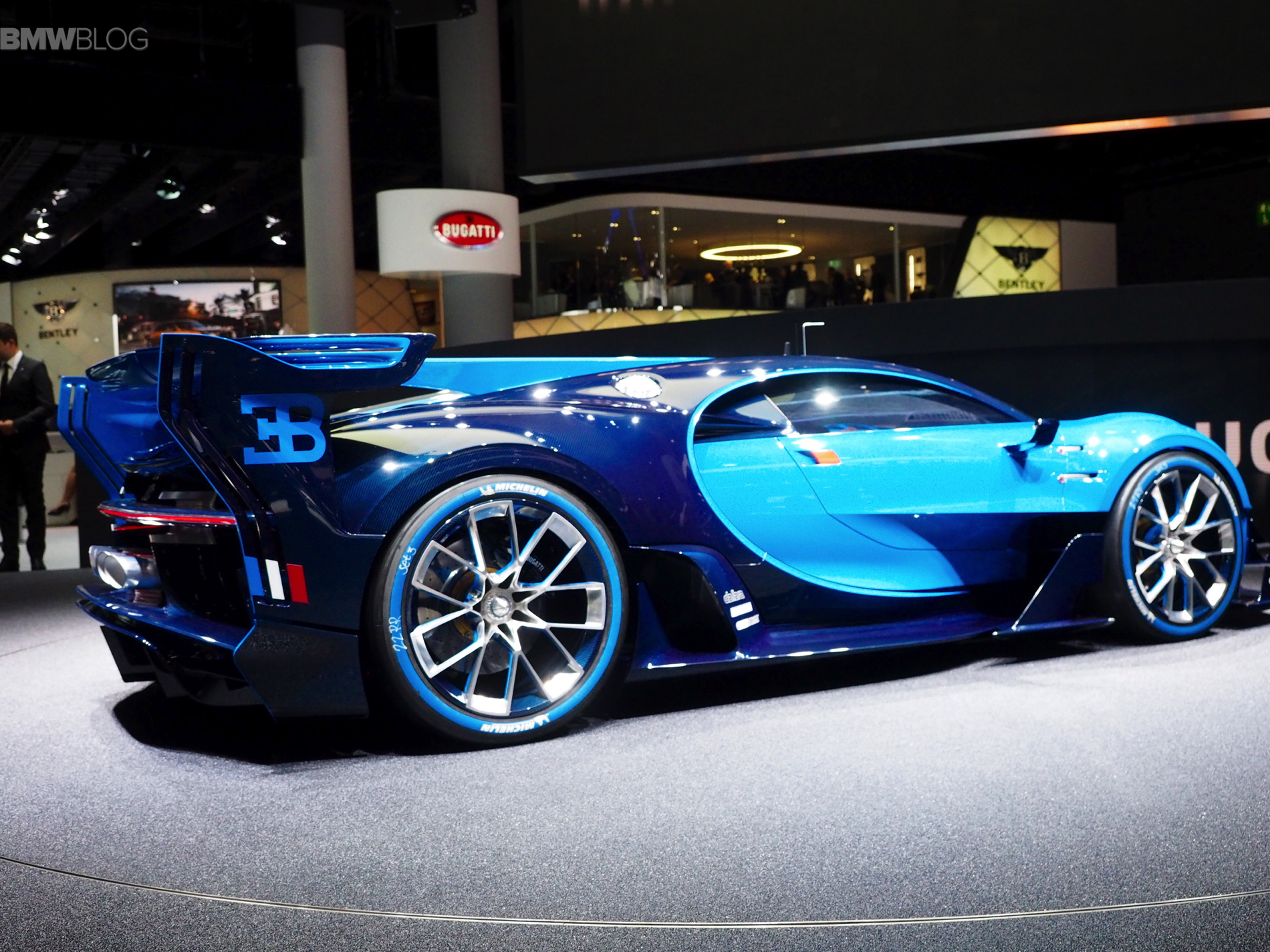 bugatti vision specs. Black Bedroom Furniture Sets. Home Design Ideas