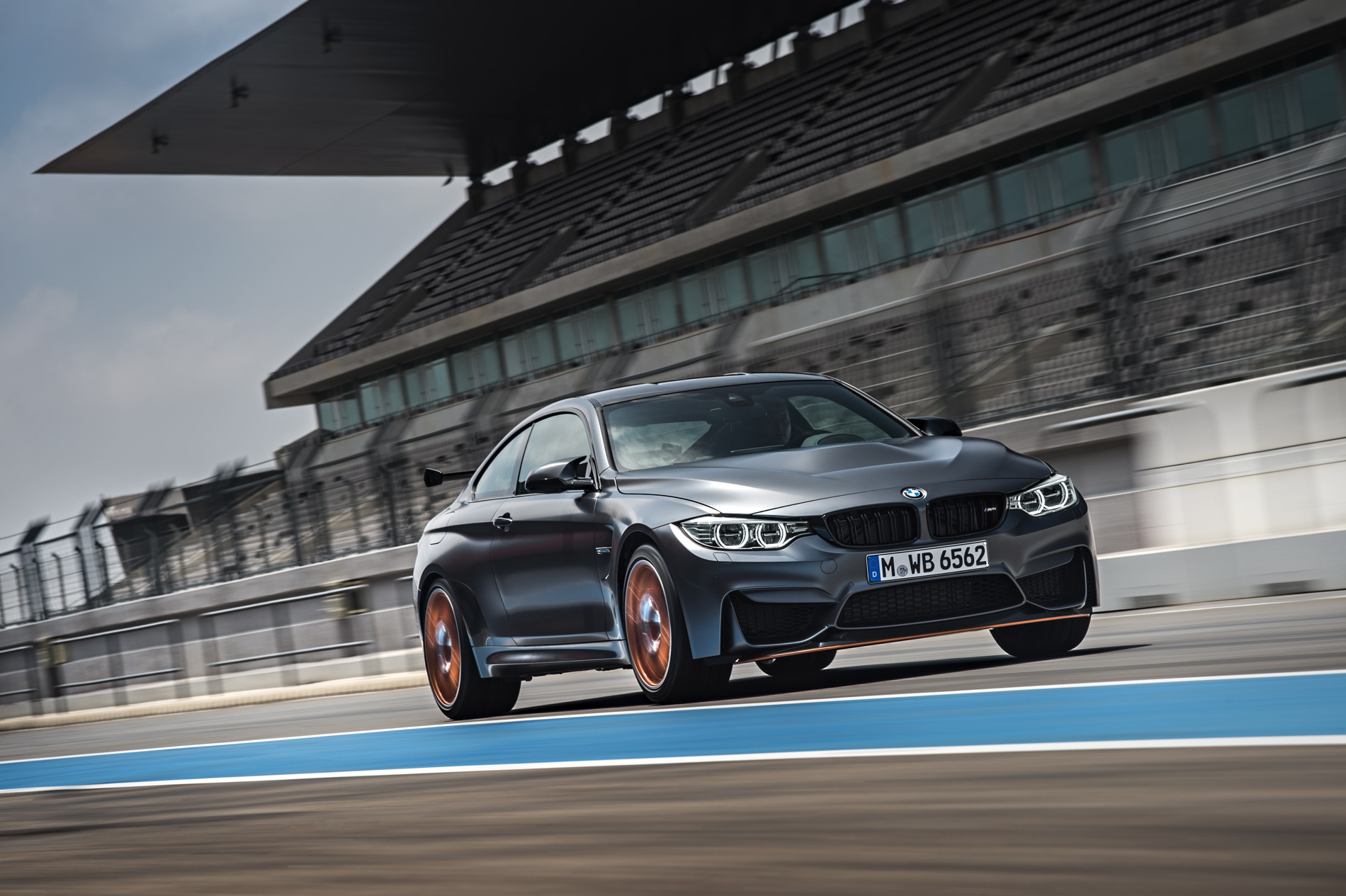 2016 BMW M4 GTS images 1900x1200 wallpaper 33